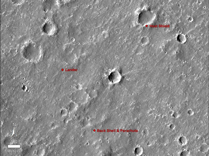 Mars InSight Lander Seen in First Images from Space PIA22877-800x600
