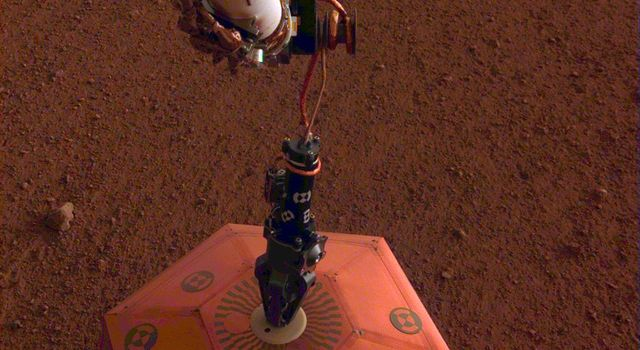 SEIS Deployed on Mars