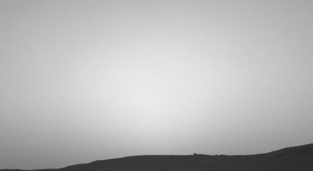 Curiosity Observes Sunset Eclipse: Sol 2358