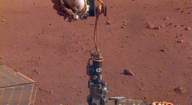 HP3 Deployed on Martian Surface