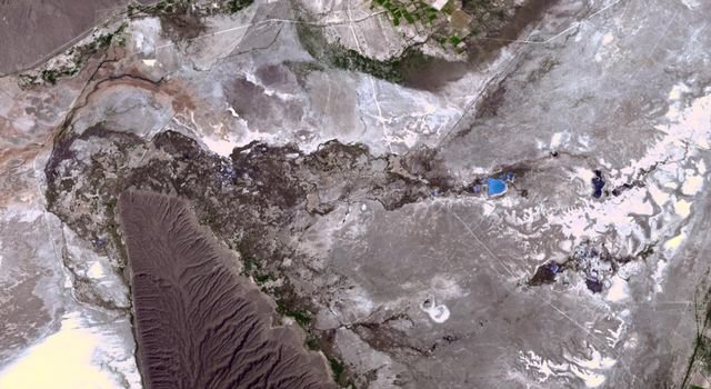 NASAs Terra spacecraft shows the Cuatro Cienegas Basin, in the northern Mexican state of Cohuilla.