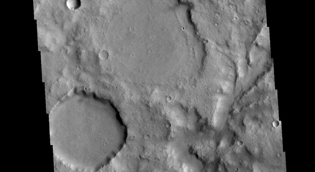This image from NASAs Mars Odyssey shows a section of an unnamed channel in Terra Cimmeria.