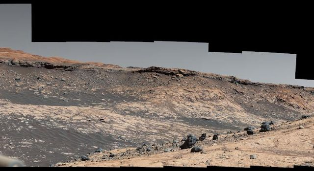 Curiosity Captures a Spaghetti Western Landscape on Mars