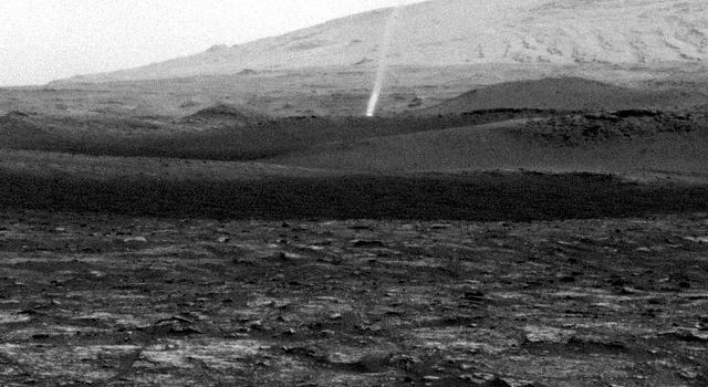 Curiosity Spots a Dust Devil in the Hills
