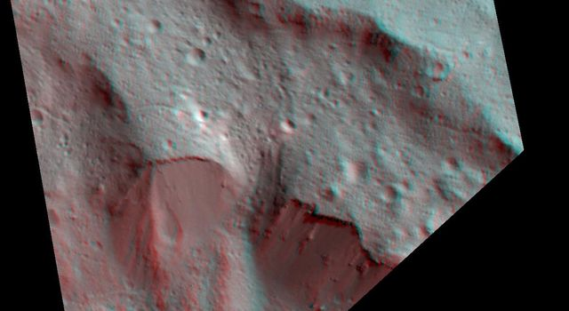 Dawn Stereo Anaglyph of Impact Melt Deposits at Occator Crater, Ceres